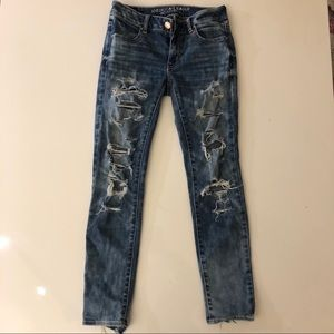 American Eagle Super Stretch Ripped Jeans Size 0